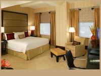 Hotel_dupont_guest_bedroom